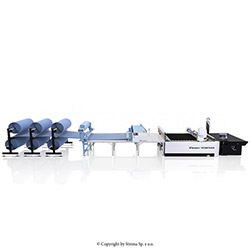 Solid spreading machine for most demanding production, with stand for 6 rolls and table
